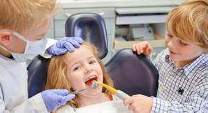 Odonto Pediatría. Dentistas para niños. Clínica Dental Cantador